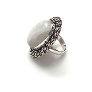 Gypsy Style Moonstone Ring 925